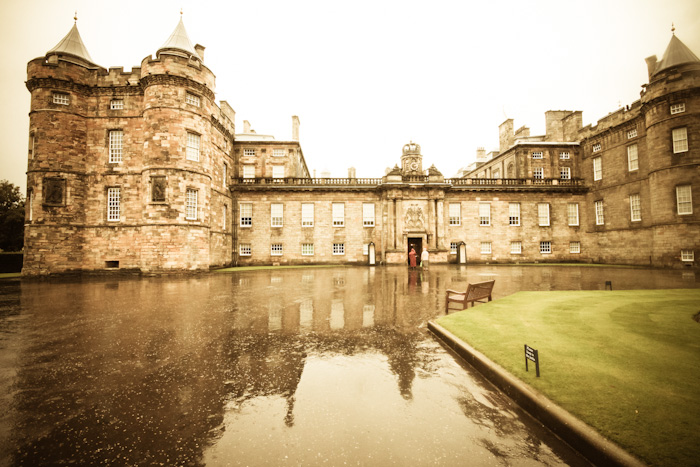 Scottish Travel: Exploring the Holyroodhouse Palace in Edinburgh