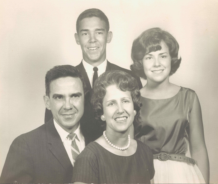 Bill, Doris, Jeanie, Bernie Housholder