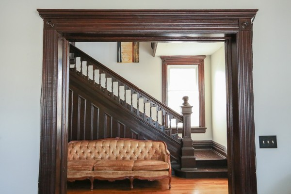 A house tour of our 1800s Queen Anne Victorian | CamelsAndChocolate.com