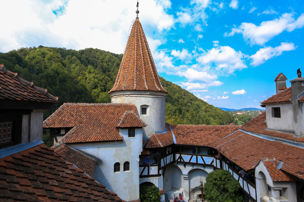 Romania Travel: Visiting Dracula's Castle
