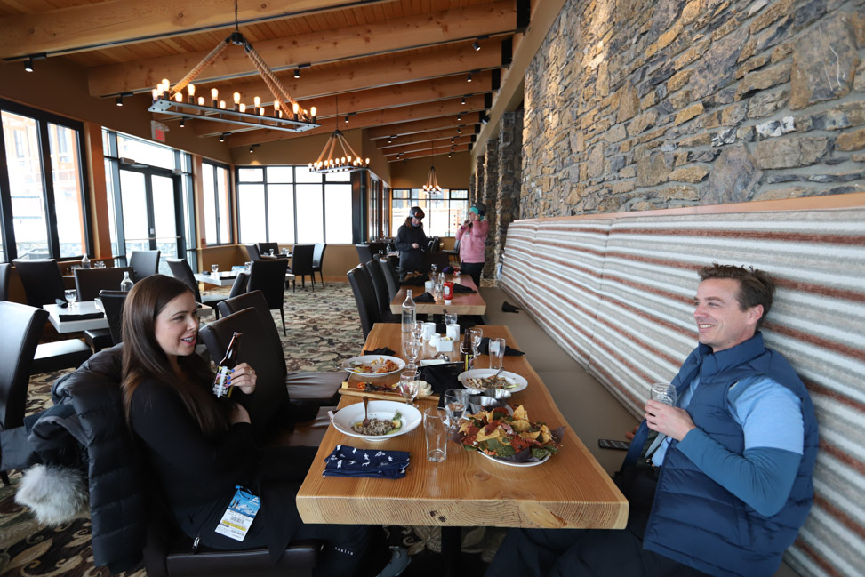 Skiing Canada: Restaurants at Banff Sunshine
